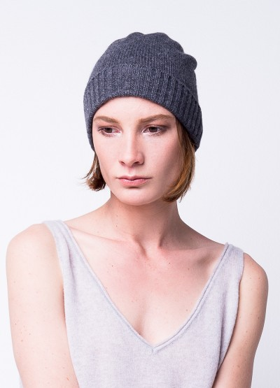 Classic cashmere blend beanie in grey