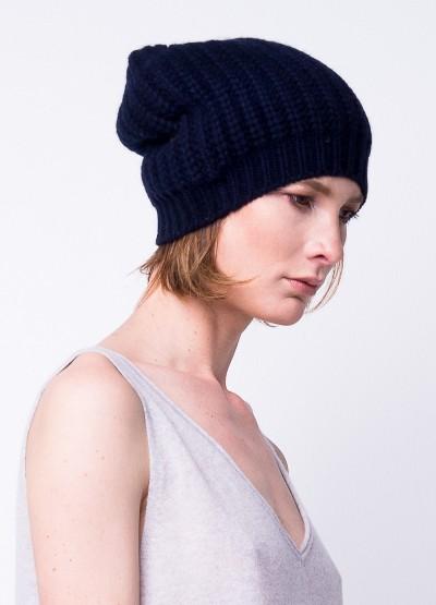Chunky knit slouchy beanie in Dark navy
