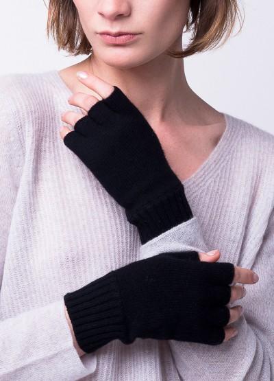 Classic fingerless gloves in black