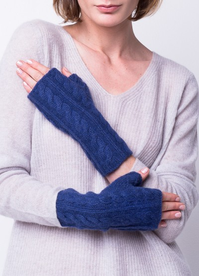Cable knit typing buddy mittens in Cobalt blue