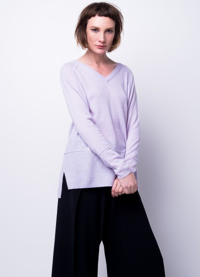 Double V neck pullover
