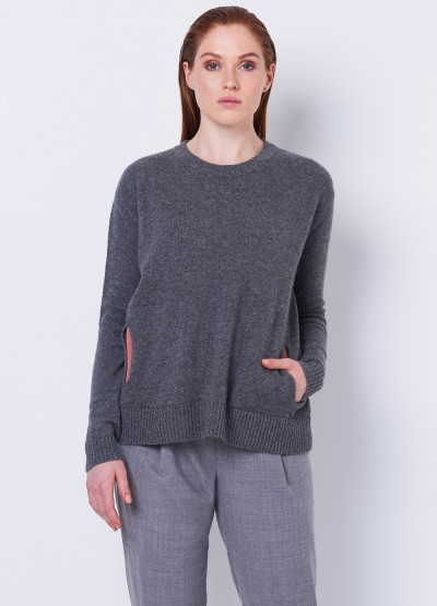 Contrasting pocketed pullover- dark grey