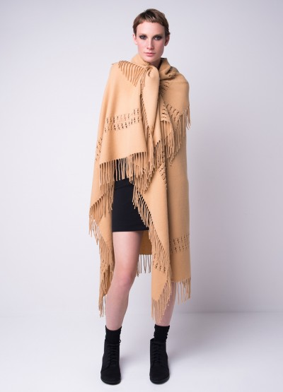 Oversized cashmere woven square shawl